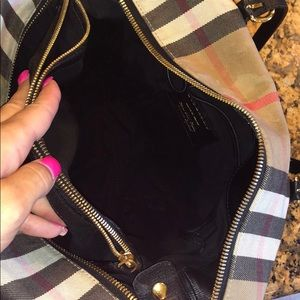 Burberry Bags - Authentic Burberry bag!!